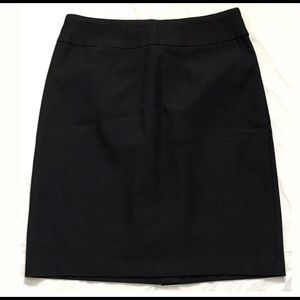 Orvis Women's Pull on Skirt-Stretch Black Size-8